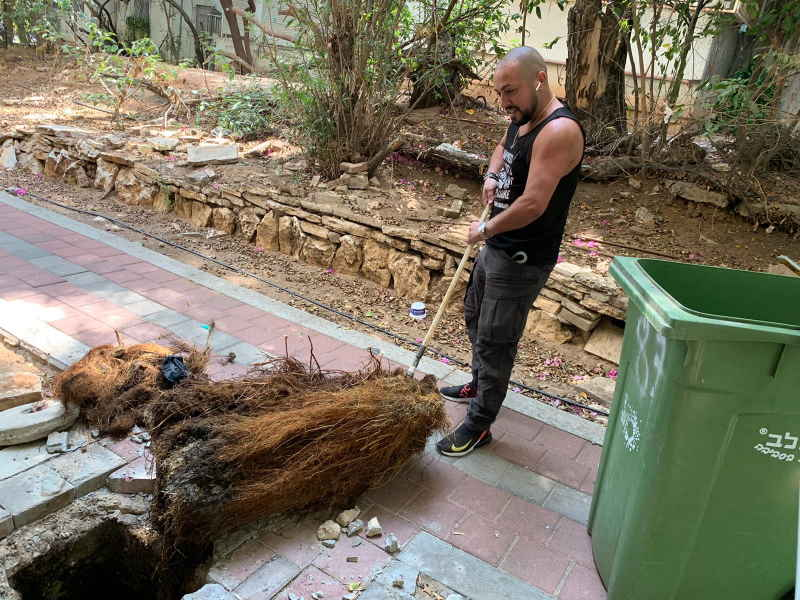 אורן רדה אינסטלטור יצאת צדיק בתל אביב